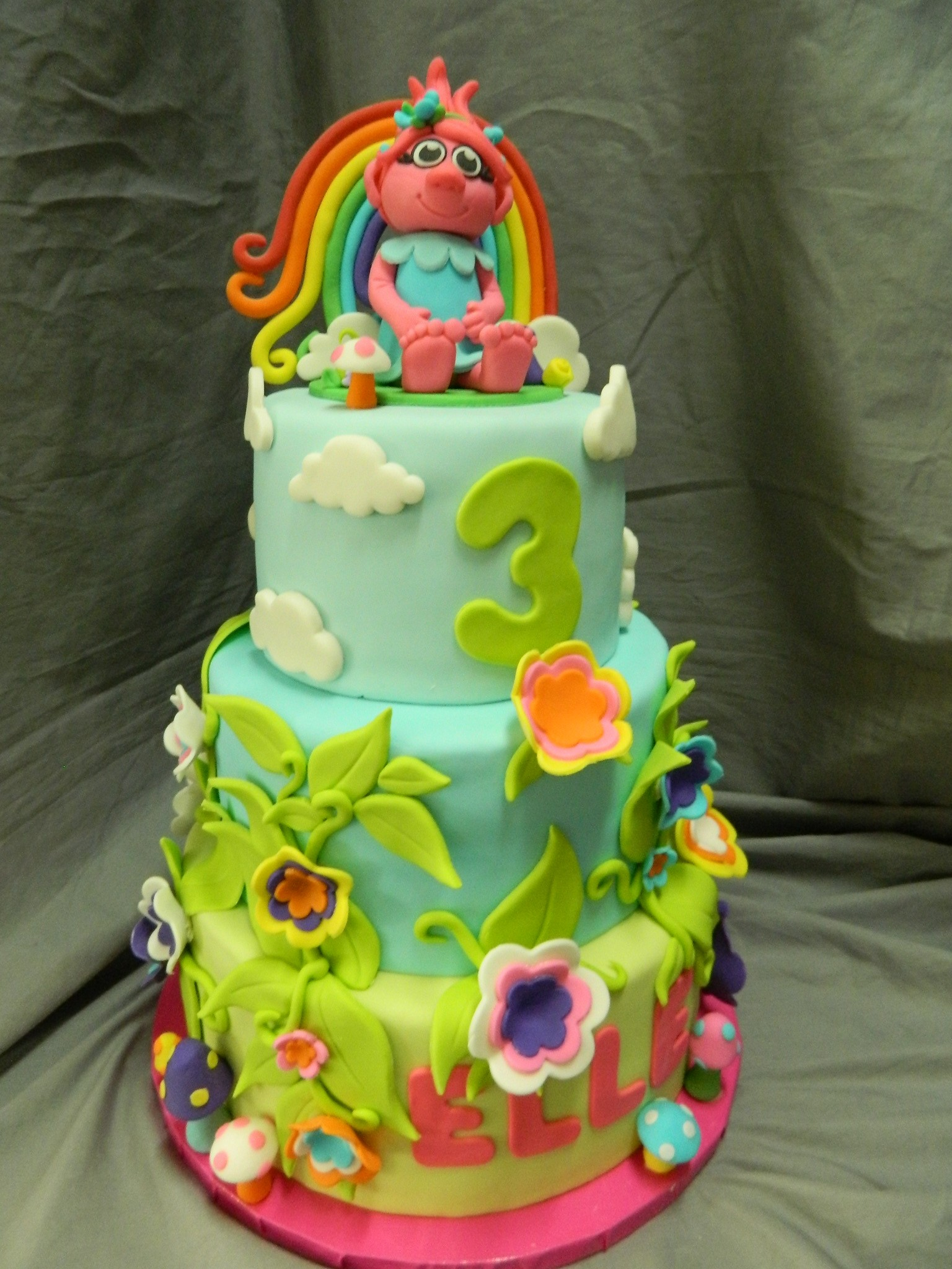 Poppy Troll themed custom cake