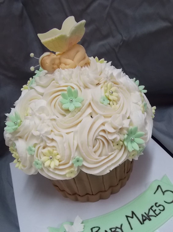 Baby shower custom jumbo cupcake