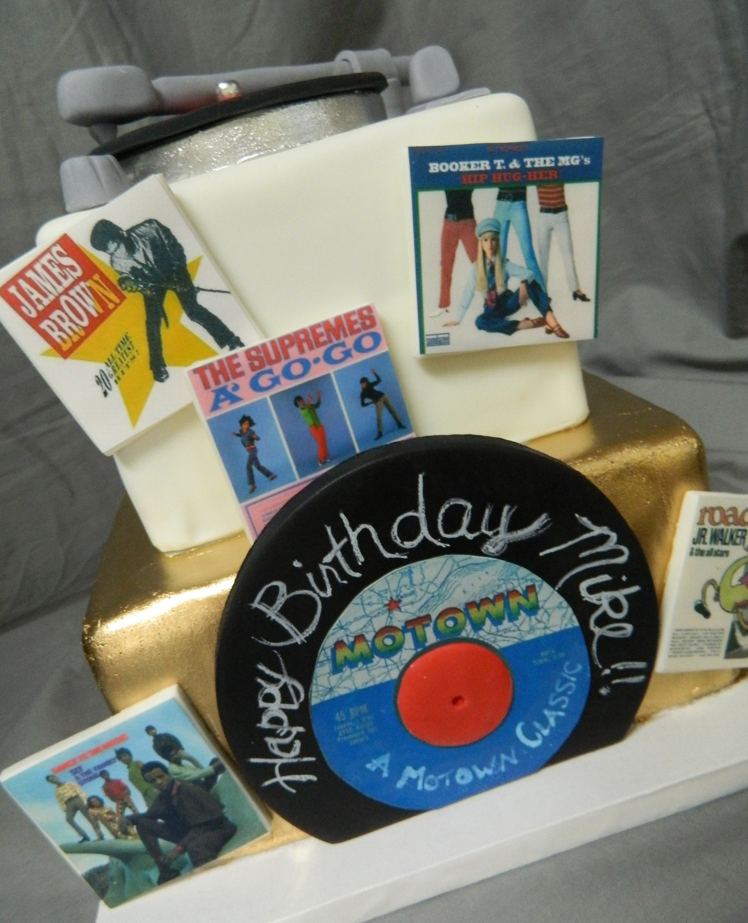 Motown themed custom cake