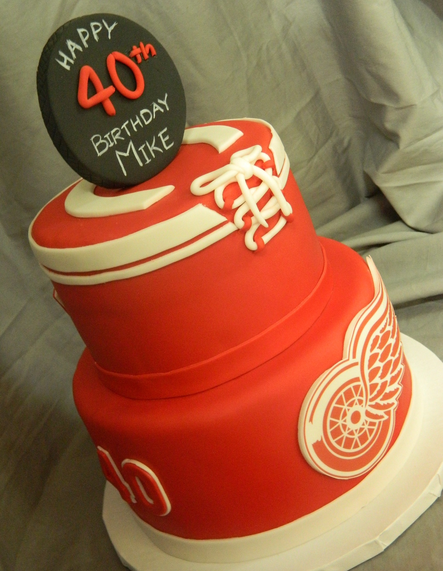 Detroit Red Wings custom cake