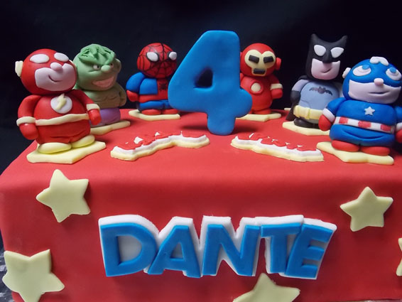 Superheros custom cake