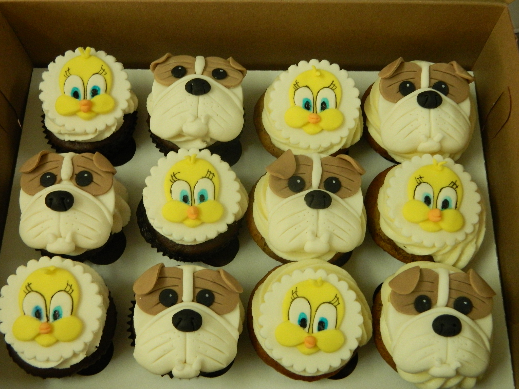 British Bulldogs and Tweety themed custom cupcakes
