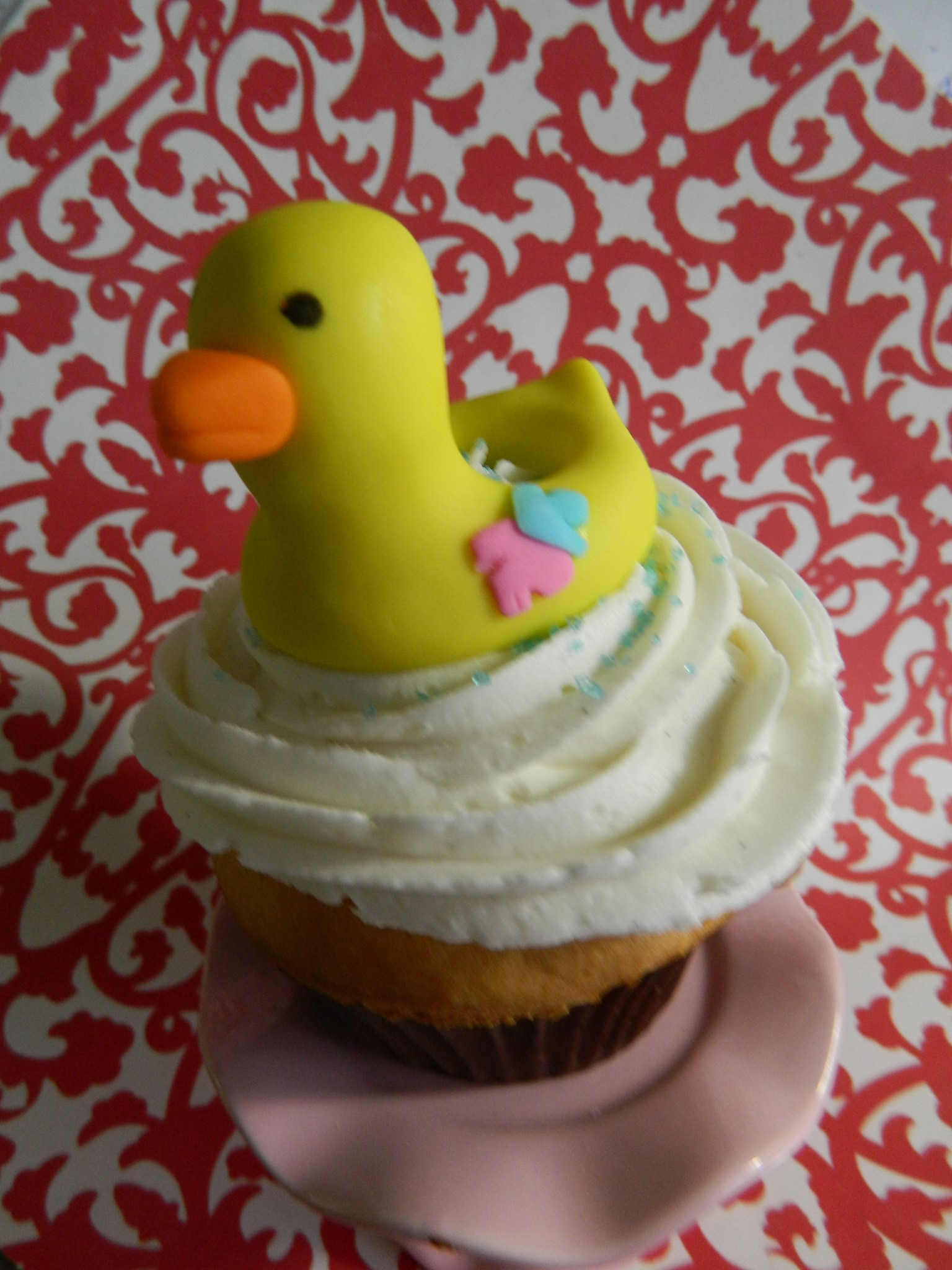 Ducky pool float (for pool party themed birthday) cupcake