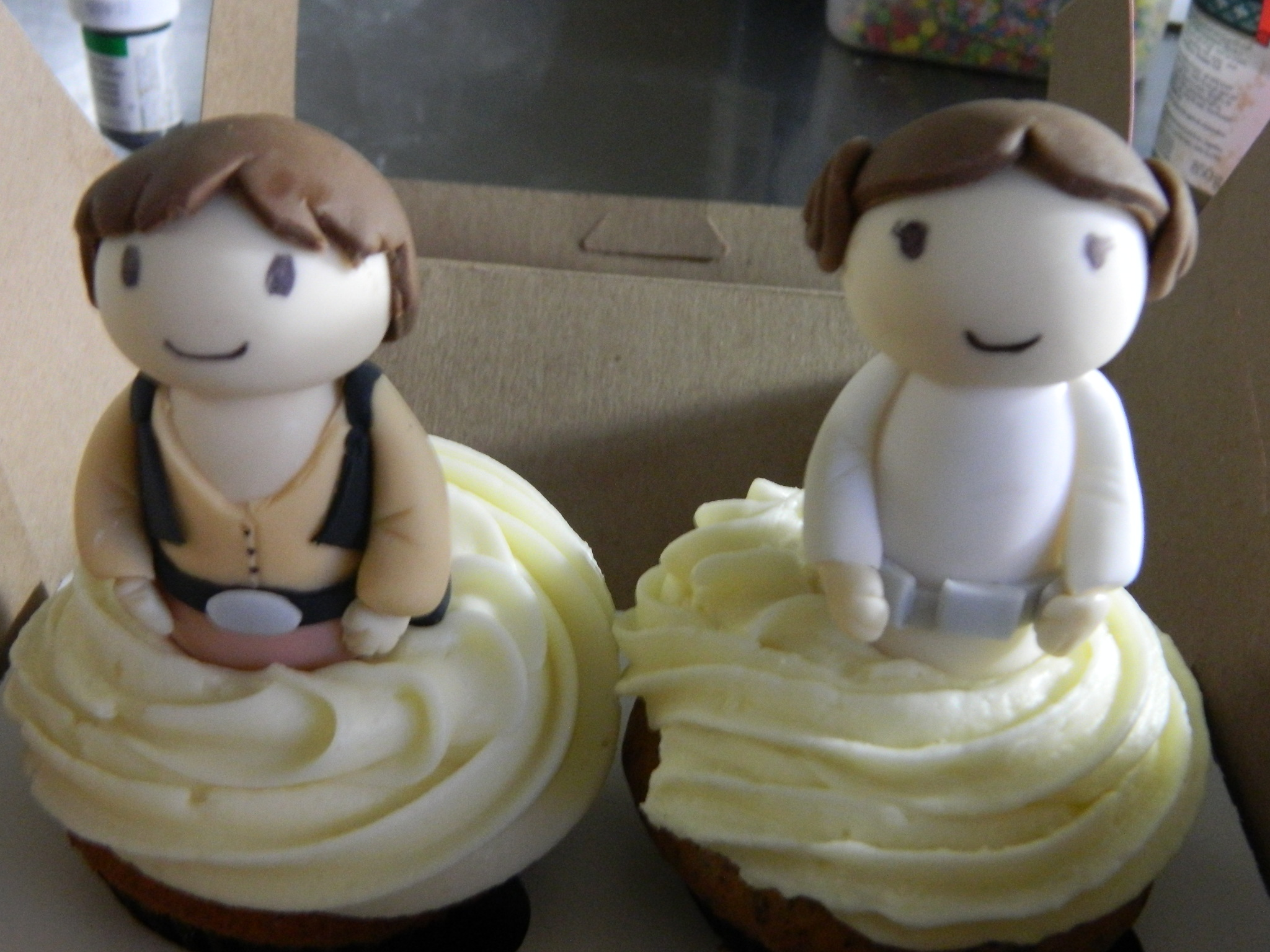 Star Wars themed wedding (topper) cupcakes