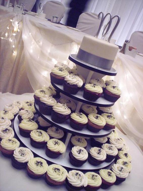 Wedding Cupcakes Amp Topper Cake Hey Cupcake