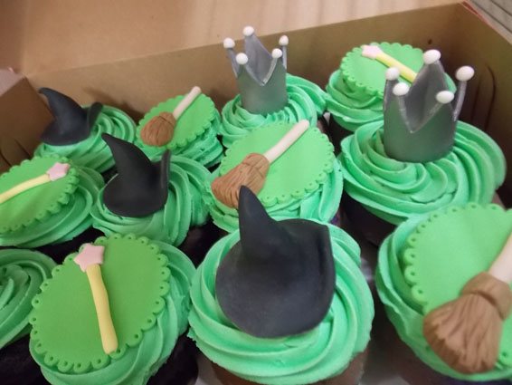 Wicked themed custom cupcakes