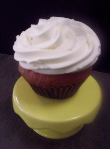 Strawberry Champagne-Strawberry-licious cupcake topped with a sparkling champagne buttercream